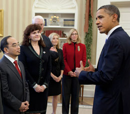 Amelito Enriquez, right, was awarded a Presidential Award for Excellence in Science, Mathematics and Engineering Mentoring by President Obama during a December 12 ceremony at the White House.
